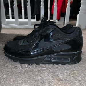 Women's Nike air max's